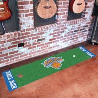 New York Knicks Putting Green Mat - 18 x 72