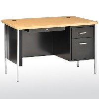 600 Series Steel Teachers Desk