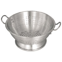 Colanders & Strainers